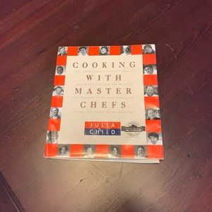 COOKING WITH MASTER CHEFS BY JULIA CHILD 💞